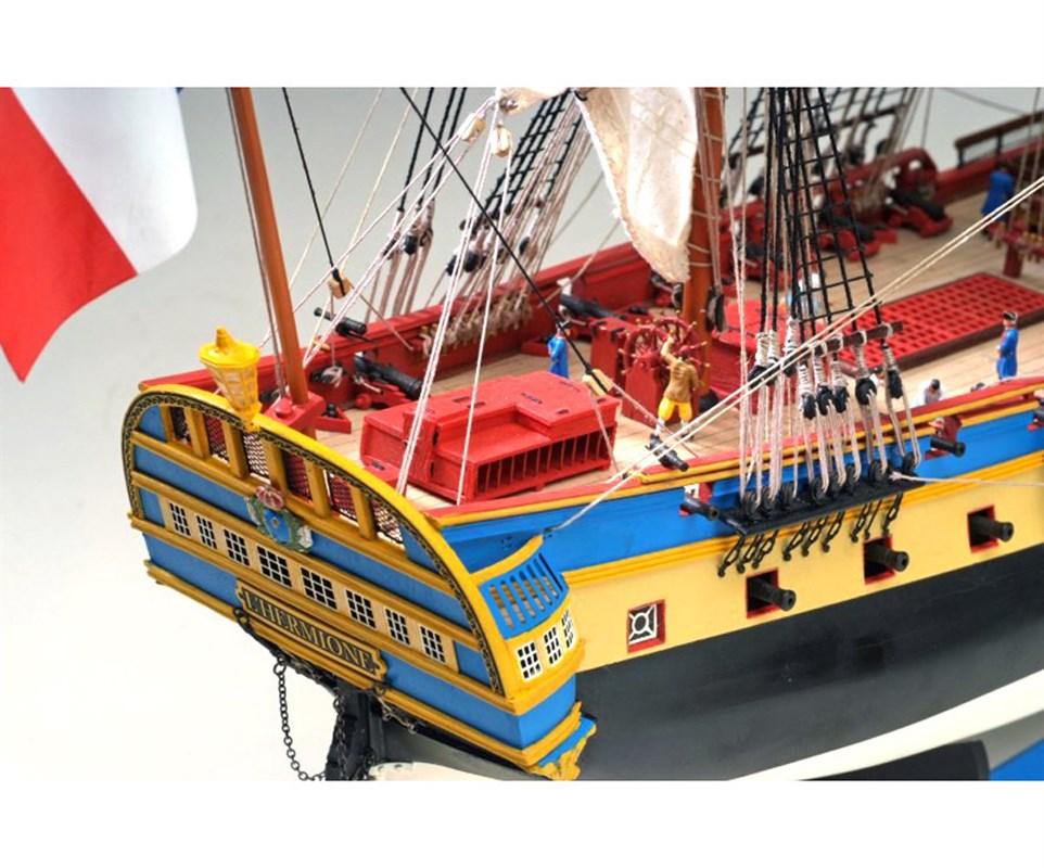 maquette de bateau hermione la fayette new cap maquettes. Black Bedroom Furniture Sets. Home Design Ideas